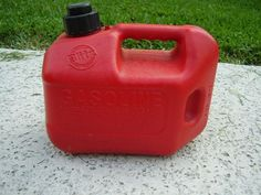 how to properly store gasoline - IMPORTANT -- not as simple as filling up the jug and forgetting about it