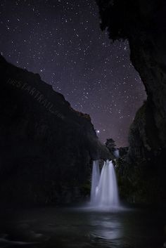 Star Falls by Ben Canales, via Flickr; White River Falls State Park, Oregon