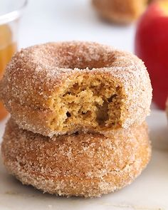 The perfect fall treat, these healthier baked apple cider donuts are made with whole wheat pastry flour, coconut sugar, Greek yogurt, and coconut oil. bites easy bites keto bites mini bites no bake bites no bake easy bites recipes Baked Donut Recipes, Gourmet Recipes, Baking Recipes, Sweet Recipes, Cake Recipes, Dessert Recipes, Baked Apple Cider Donuts, Healthy Baked Donuts, Donut Recipe No Yeast