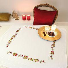 """Bezaubernde Stickpackung """" WEIHNACHTS-GESCHENKE """" - Stickdecke 80 cm x 80 cm - Stielstich und Plattstich vorgezeichnet - Stickgarn aus 100 % Baumwolle - fertig gesäumt - qualitativ hochwertig - zum Sofort-Loslegen - Mitteldecke 80 x 80 - zum Selbersticken - aus dem KAMACA-SHOP - Advent Weihnachten Kamaca http://www.amazon.de/dp/B00ZX5WEDS/ref=cm_sw_r_pi_dp_aCfRwb0NHSW6Q"""