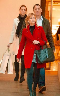 Kate Middleton shopping at John Lewis in Chelsea today 1/12/15. Wearing her Russell and Bromley boots.