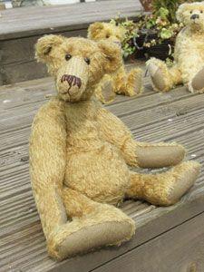 Hank, a funny teddy bear pattern