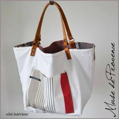 Effortlessly Make Your Handbags Complement Your Outfit Every Single Time - Best Fashion Tips Diy Bags Purses, Purses And Handbags, Diy Sac, Bicycle Bag, Diy Handbag, Linen Bag, Fabric Bags, Shopper, Handmade Bags