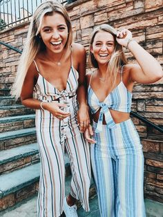 Gli Arcani Supremi (Vox clamantis in deserto - Gothian): Summer 2018 top fashion trends and outfits for every circumstance and situation Photos Bff, Friend Photos, Best Friend Pictures, Trendy Outfits, Summer Outfits, Cute Outfits, Fashion Outfits, Fashion Trends, Cute Friends