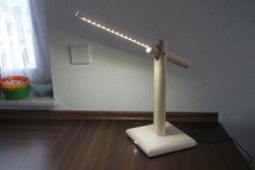 LED-Schreibtischlampe aus Holz (mit Klatschsensor)