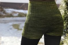 Ravelry: Majas Mamelucker pattern by Maja Karlsson Crochet Shorts, Knit Shorts, Knit Crochet, How To Make Shorts, Dance Wear, Cross Stitch Embroidery, Hand Knitting, Leather Pants, My Style