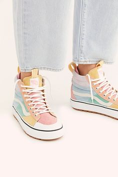 Sneakers for Women - Converse, Running Shoes & High Tops Sneakers Fashion, Fashion Shoes, Shoes Sneakers, Skull Fashion, Vans Shoes Women, Women's High Top Sneakers, Womens Vans Sneakers, Fashion Fashion, Cute Sneakers For Women