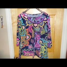 3/4 sleeve top from ELEMENTZ Multi-colored blouse boho ELEMENTZ Tops Tees - Short Sleeve