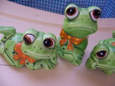 lefton frog figurines