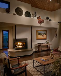Spaces Corner Fireplace Design, Pictures, Remodel, Decor and Ideas - page 20 Southwest Home Decor, Southwestern Home, Southwestern Decorating, Living Room Plants, Living Room Interior, Living Rooms, Stone Fireplace Designs, Spacious Living Room, Family Room