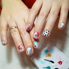 Diy Nails, Swag Nails, Cute Nails, Pretty Nails, Nail Design Stiletto, Nail Design Glitter, Nail Art Abstrait, Abstract Nail Art, Minimalist Nails