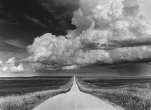 Approaching Storm  North Dakota based photographer Robb Siverson