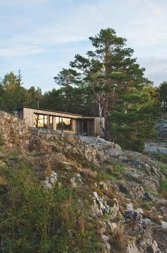 Island Paradise: A custom cabin with room for everyone / Bo Bedre Norge Gone Fishing, Beautiful Homes, Nest, Cottage, Cabin, Island, Vacation, Building, Beach