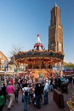 Kermis in Weert. De grootste, goedkoopste en gezelligste kermis van Limburg!