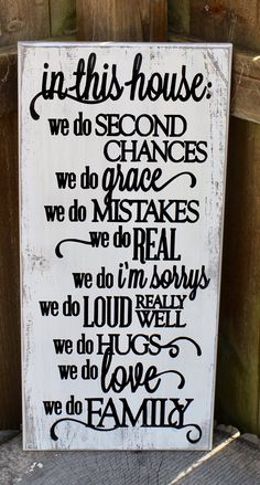 MOMENTS Wood HP Shabby Sign WE DO NOT REMEMBER DAYS