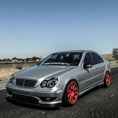 Mercedes C32 AMG W203