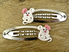 Polymer Clay Mouses Hair Clips Snap, Mouses Hair Snap Clips, Funny Hair Clips, Polymer Clay Mouses Hair Clips / Katarzyna Bodera, Sandycraft by SandyCraftUK on Etsy https://www.etsy.com/listing/249292289/polymer-clay-mouses-hair-clips-snap