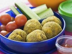 Hackklößchen und Gemüse ist ein Rezept mit frischen Zutaten aus der Kategorie Fleisch. Probieren Sie dieses und weitere Rezepte von EAT SMARTER!