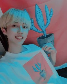 "10 mil curtidas, 151 comentários - M.O.N.T_official (@m.o.n.t_official) no Instagram: ""[#로다 #몬트]  알럽선인장ㅎㅎ  2집앨범에 삽입되었던 제가 그린선인장입니다~ 저희집에 있는 선인장ㅎㅎ✌"" Kpop Boy, Kpop Groups, Beautiful Babies, Fandoms, My Love, Korean, Mint, Love Of My Life, Fandom"