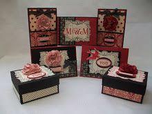 Boîtes rouges et noires
