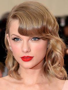 Taylor Swift at The Met - vivid matte lip - NARS Velvet Matte Lip Pencil in Dragon Girl