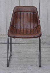 Bekväm stol i läder