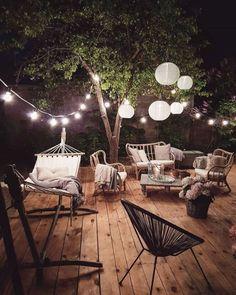 Awesome Deck Lighting Ideas To Lighten Up Your Deck – Outdoor Christmas Lights House Decorations Backyard Patio, Backyard Landscaping, Backyard Ideas, Pergola Ideas, Patio Ideas, Diy Pergola, Pergola Kits, Garden Ideas, Cozy Patio