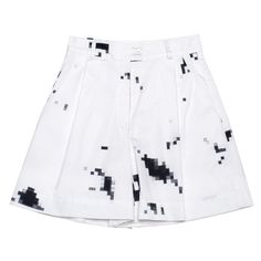 Ksenia Schnaider Digital Printed Bermuda Yacht Shorts ($353) ❤ liked on Polyvore featuring shorts, white multi, print shorts, relaxed fit shorts, patterned shorts, bermuda shorts and white bermuda shorts