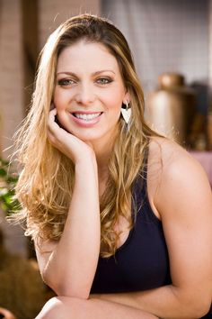 Sheila Mello - atriz, modelo e dançarina