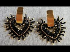 Seed Bead Earrings, Beaded Earrings, Seed Beads, Beaded Jewelry, Brick Stitch, Cuff Bracelets, Diy And Crafts, Cufflinks, Jewels