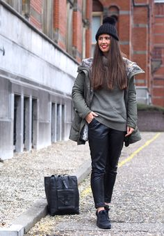 Fashionista Chloe blogger with Colmar Originals jacket and Nike by Def-Shop sneakers