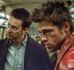 """Fight club.                            """"Toda noite nos dois saíamos e analisavam todos procurando potenciais..."""""""
