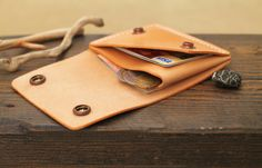Your place to buy and sell all things handmade Leather Card Wallet, Leather Backpack, Leather Tutorial, Minimal Wallet, Groomsman Gifts, Leather Working, Italian Leather, Leather Craft, Leather Men