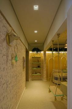 • Projeto: Laura Mottin • Produtos Stella: Square Ghost AR70 (STH8955BR), AR70 EVO 24° Dimerizável BDT (STH6436/27) e Fita ECO 12V 10W/m (STH7814/27). Evo, Alcove, Bathtub, Bathroom, Concept, Line, Standing Bath, Washroom, Bathtubs