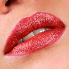 red lips #douglas #lips #beauty