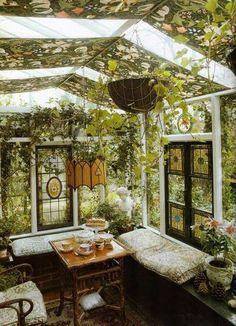 Beauxbaton the little glass house in the wild school garden Beauxbaton das kleine Glashaus im wilden Schulgarten Future House, Outdoor Rooms, Outdoor Living, House Goals, My Dream Home, Interior And Exterior, Interior Design, Interior Colors, Interior Modern