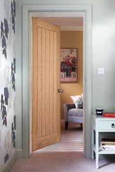 Cottage Oak Door & Howdens Dordogne Oak - VE option internal oak veneer door   Stuff to ...