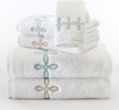 """Beautiful embroidery on Matouk's most popular """"Milagro"""" Egyptian Cotton """"zero-twist"""" towels. Punta Cana, Wedding Gift Registry, Wedding Gifts, How To Fold Towels, Fingertip Towels, Bath Linens, White Towels, Egyptian Cotton, Hand Towels"""