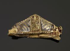 Pomo de espada. Decoración de filigrana  de oro y niel. Arte germánico anglosajón. 'The Staffordshire Hoard'. Siglo VII. K-358