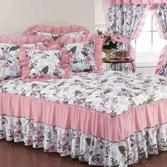 Portofino Light Pink Floral Bedspread Set in Cotton and Polyester Material