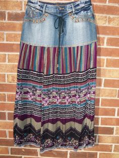 Handmade from upcycled jeans! Seriously considering expanding my wardrobe to include a few long skirts. Diy Jeans, Jeans Refashion, Jean Crafts, Denim Crafts, Sewing Clothes, Diy Clothes, Jeans Recycling, Denim Ideas, Altered Couture