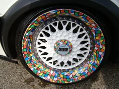 Rubik's cube wheels