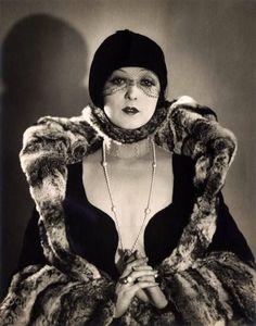 Mary Duncan photo by William Mortensen 1929