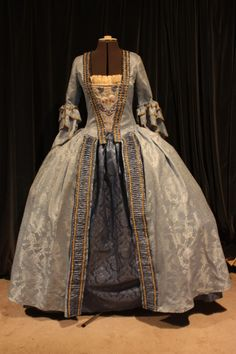17th century clothing | sacque-back dress of the 1770′s