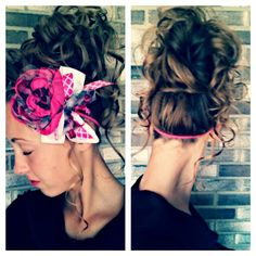 This was my curly/messy bun hair for church Sunday night! And the headband is my friends she let me borrow it:)