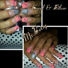 Those accent nails!
