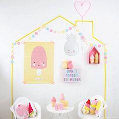 Amamos essa inspiração de cantinho de brincar da #alittlelovelycompany ! As almofadas e luminárias estão disponíveis no nosso site, acesse:http://bit.ly/2mpFuYS