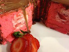 Studio 5 - Strawberry Angel Food Cake