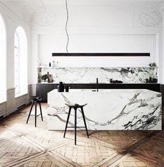A modern Scandinavian kitchen renovation Modern Kitchen Design, Interior Design Kitchen, Interior Decorating, Marble Interior, Decorating Ideas, Decorating Websites, Modern Marble Kitchens, Room Interior, Latest Kitchen Designs