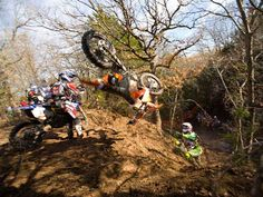 Enduro racing is not for wimps. Not Good!        Dirt biking / Motorcycles